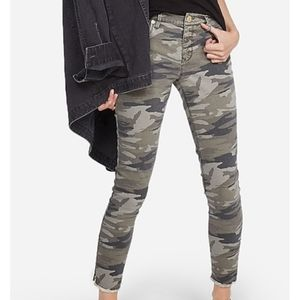 Express Camo Mid Rise Ankle Legging Size 2